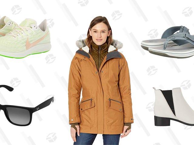 Zappos에서 할인 된 신발, 선글라스, 데님으로 룩을 꾸며보세요