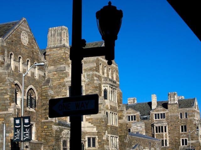 Yale Basketball Captain was verdreven, bevestigt zijn vader