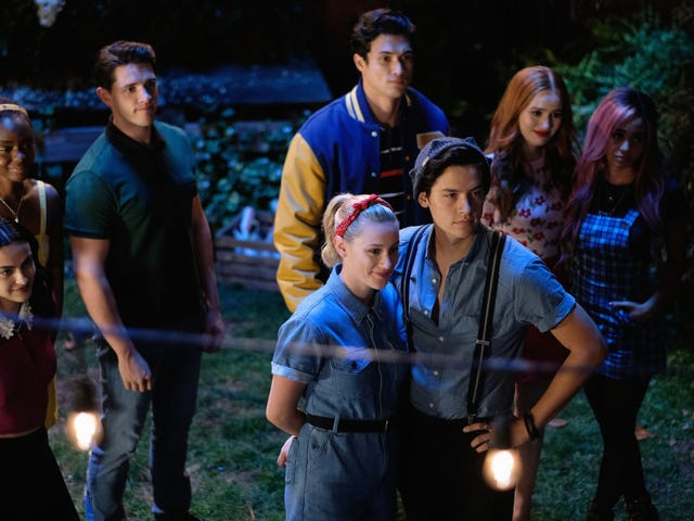In Riverdale's Season 4 Trailer, Senior Year Is Plagued by the Case of the Missing Jughead