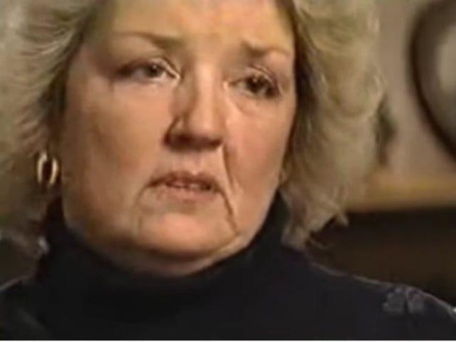 """Juanita Broaddrick Tweets om Bill Clinton Rape-påstådningar, hänvisar till honom som """"min missbrukare"""""""