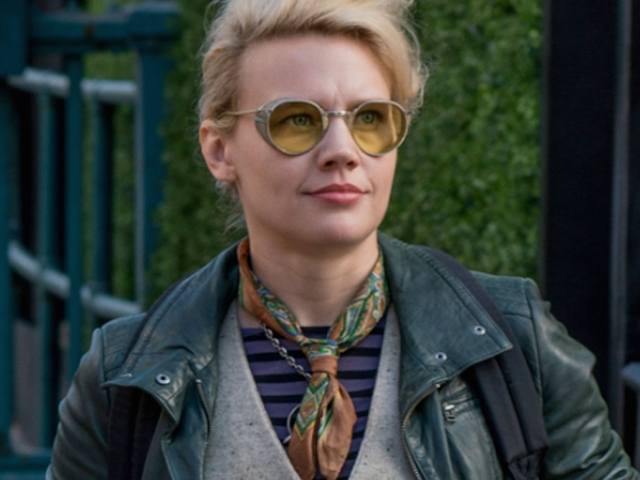 Help Tara Look Like Dr. Holtzmann from Ghostbusters