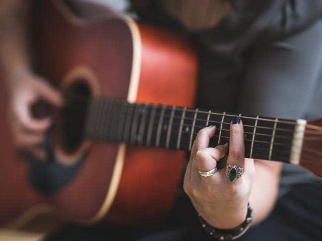 How to Tune Your Guitar Using Alexa