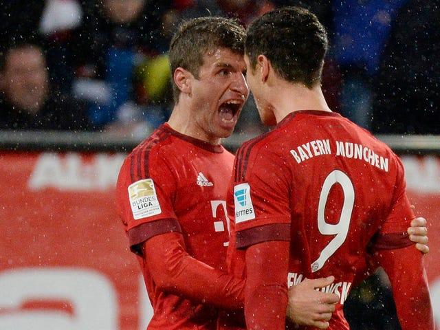 Thomas Müller mencetak gol untuk dirinya sendiri, tendangan tendangan setengah sepeda yang bersih