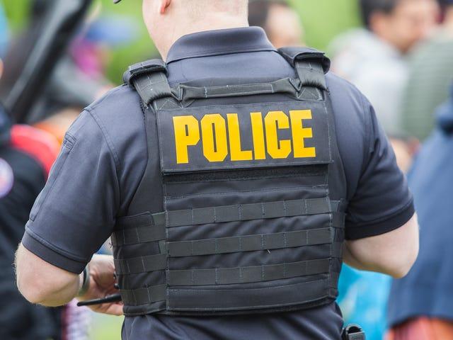 El comisario de policía de Tulsa dice que están disparando a los negros '24 por ciento menos de lo que probablemente deberíamos ser '