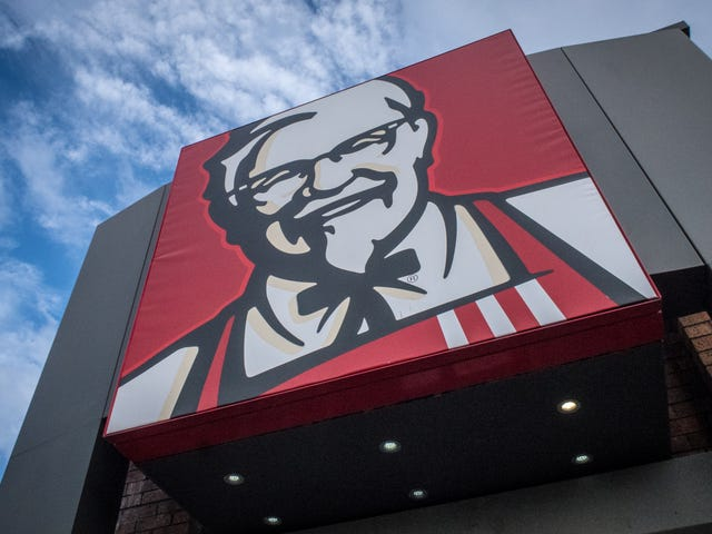 Police in Berlin Intend to Press Charges Against Black Customers Who Recorded Alleged Racist Encounter at KFC: Report
