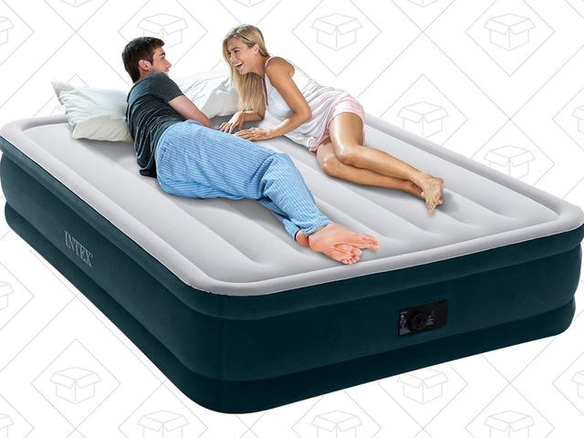 Put Your Overnight Guests On This $30 Queen Air Mattress