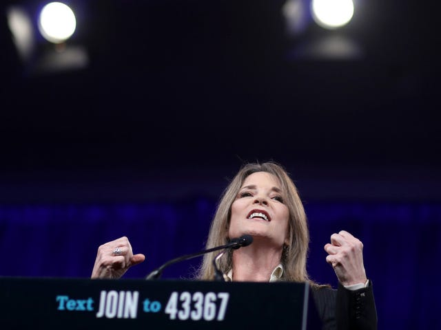 Marianne Williamson Tweets and Deletes a Message Encouraging 'Prayer, Meditation, Visualization' to 'Turn Away' Hurricane Dorian