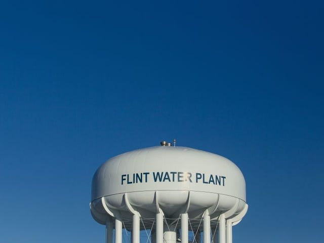 #Flint: Federal Judge Orders City Council to Vote on Permanent Water Source by Tuesday Night
