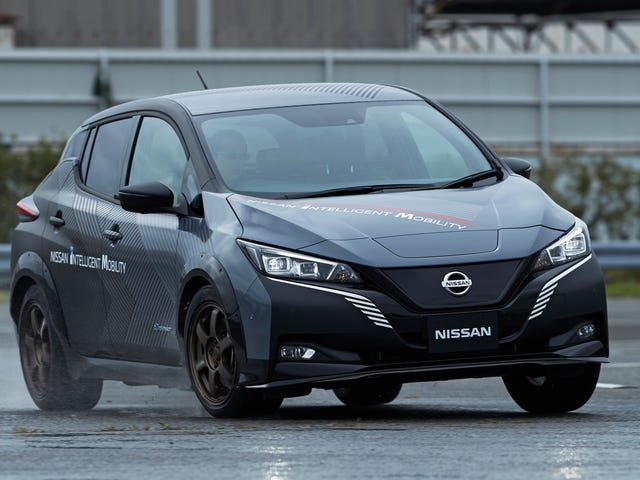 This Nissan Leaf Prototype Has Two Electric Motors And 304 HP