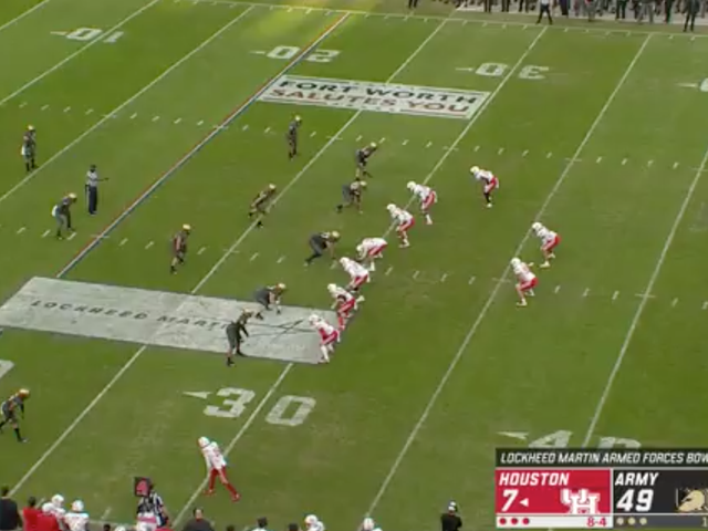 """Army's Beatdown Of Houston Reached The """"Punt From The Black Knights' 30"""" Stage"""