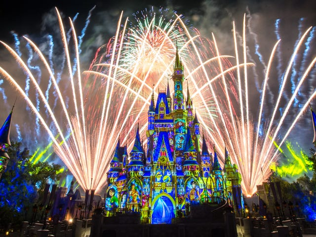Watch Disney's Fireworks Show at Home
