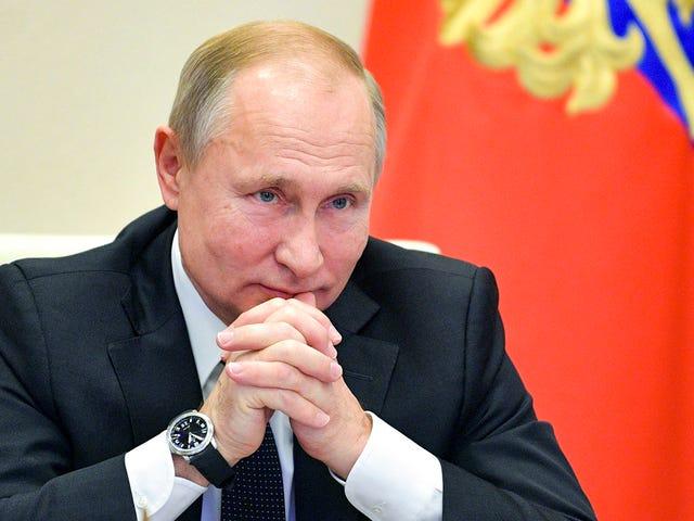 Putin antar en lag som tvingar elektroniktillverkare att installera programvara från ryska