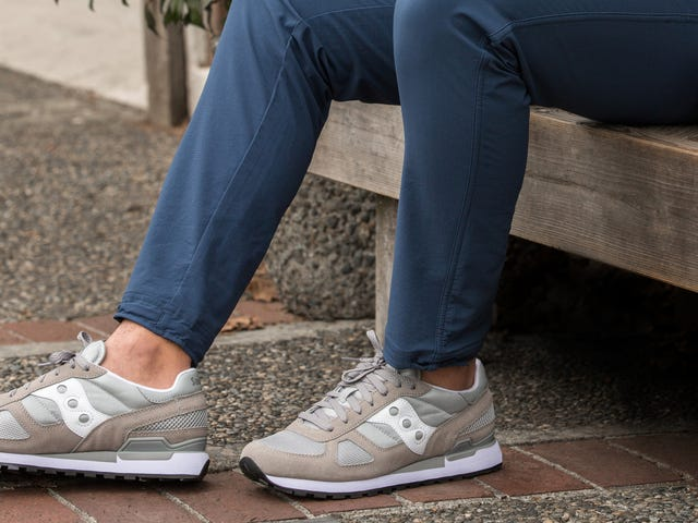 Take Up to 40% Off Saucony's All-Time Classic Sneakers (From $43)