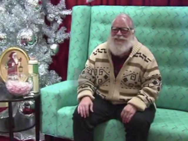 Portland's 'Hipster Santa' Rocks a Man Bun