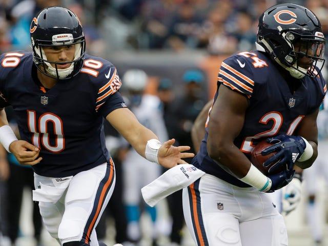Mitch Trubisky voltooide vier doorgangen en de gewonnen beren