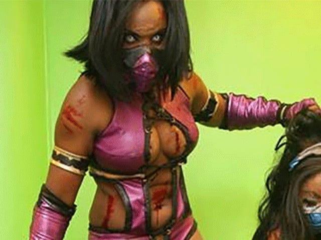 Nightmare Fuel <i>Mortal Kombat</i> Cosplay