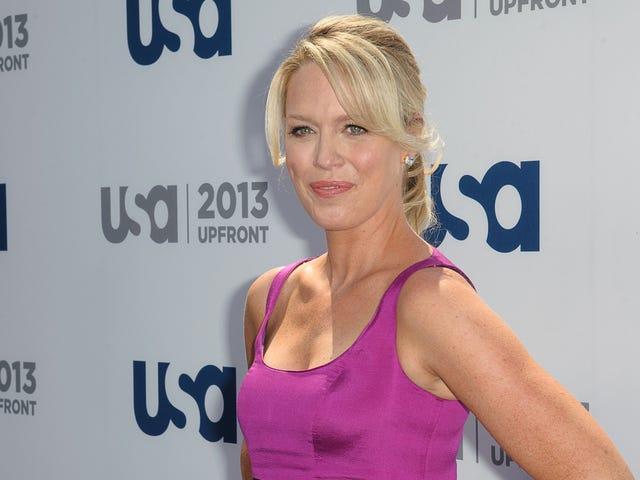 Playing House   Jessica St. Clair skrev hennes bröstcancerdiagnos till showen