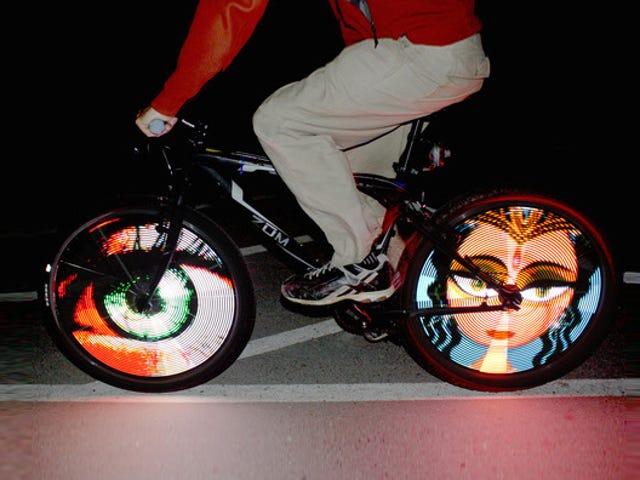 Araba modları hayal, bir bisiklet ışığı emretti