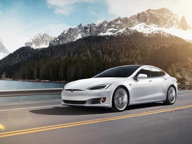 Elon Musk Says A Model S Is Doing The Nürburgring, Didn't Tell The Nürburgring