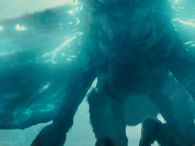 The Cool Kaiju Easter Egg Godzilla: King of the Monsters Solo mosche Right Past