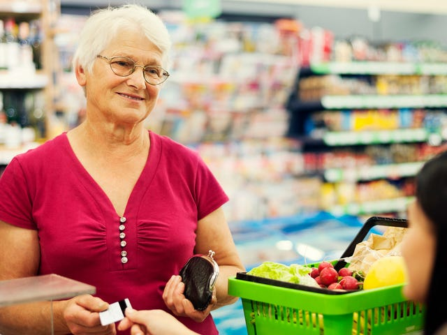 Mom showed photo of son at grocery store, successfully got him a date