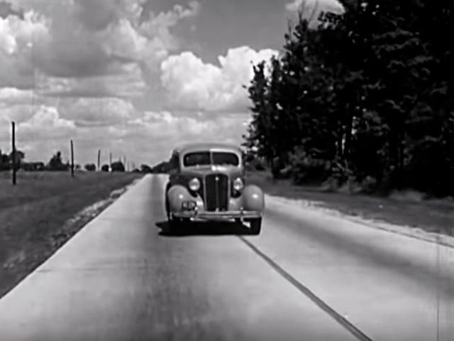 Video tuyệt vời này từ năm 1935 sử dụng một ngôi nhà bỏ hoang để giải thích tại sao khung xe mạnh mẽ lại tốt