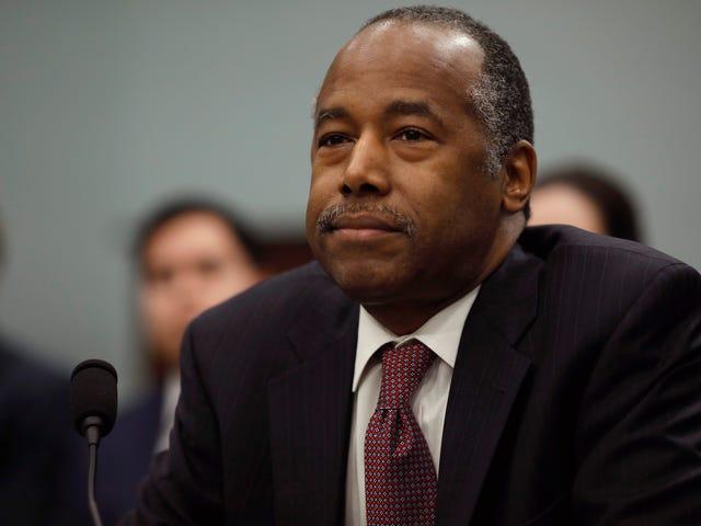 Ben Carson prend un autre coup à Baltimore, en supposant que les jeunes hommes assis sur les porches sont au chômage