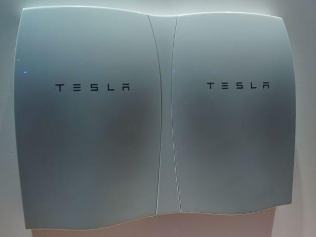 Tesla prepara una nueva versión mejorada de su batería para el hogar