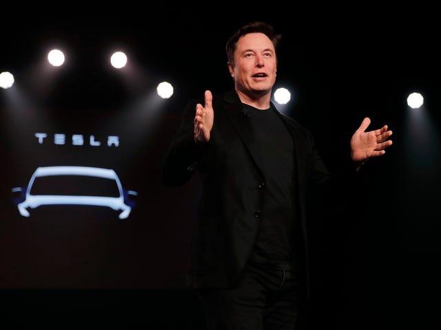 """Tesla presentará este mismo año una """"camioneta cyberpunk"""", según Elon Musk"""