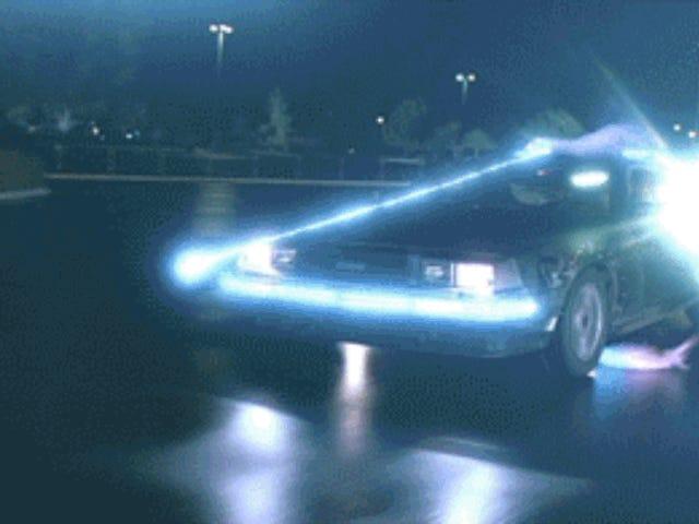 Cómo el DeLorean se konverttió og la máquina del tiempo de <i>Back to the Future</i> ved hjælp af en række ulemper, atrapados og neveras