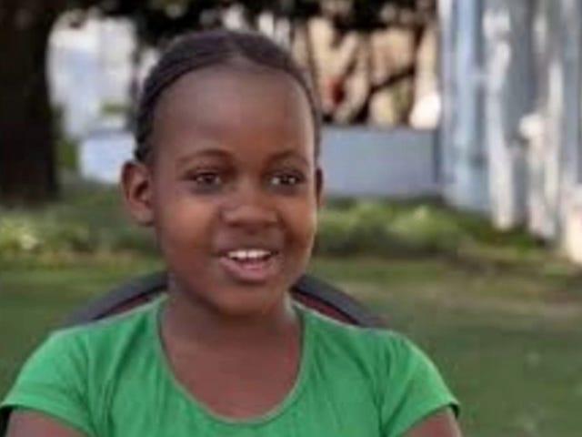 Nikita Pearl Waligwa, star de la reine de Katwe, décède d'une tumeur au cerveau à l'âge de 15 ans
