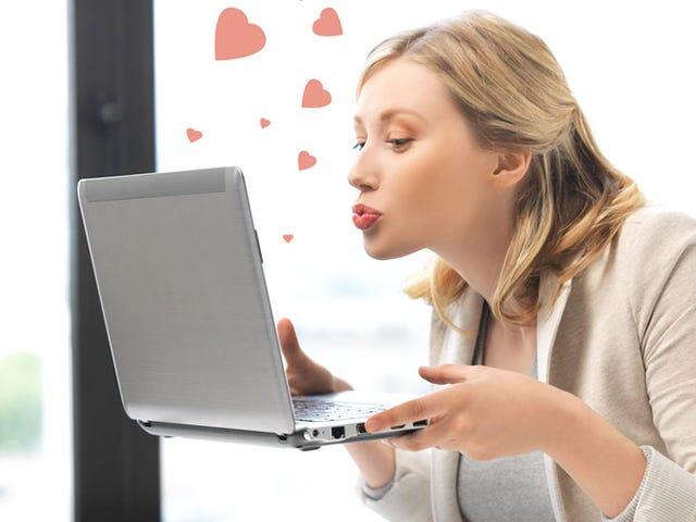 Kesepian?  Ini Waktu Terbaik Tahun Ini untuk Memulai Kencan Online