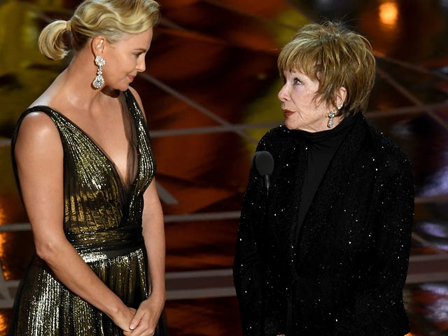 Say a Prayer for Shirley MacLaine, Who Is 'Still Dealing With' the 'Horror' of the Oscars Snafu