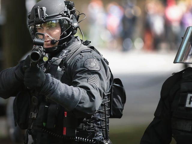Portland Politi Sergeant til Cops: 'Hvis du kommer over en sort person, bare skyde dem'