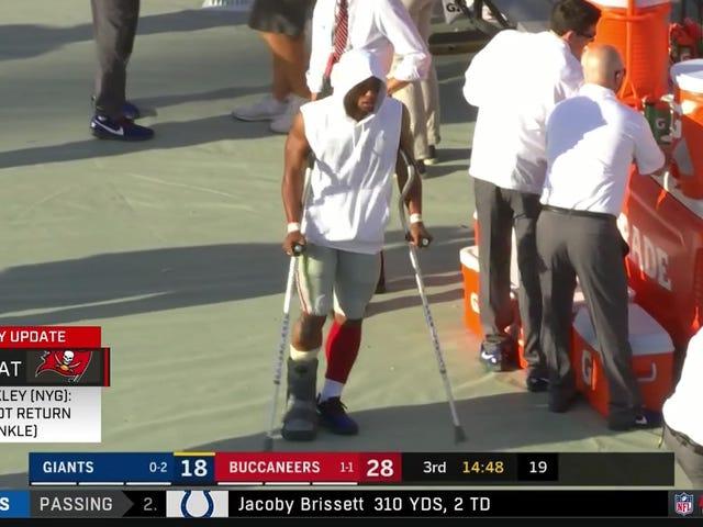 Saquon Barkley fue eliminado del juego con una lesión en el tobillo (actualización)