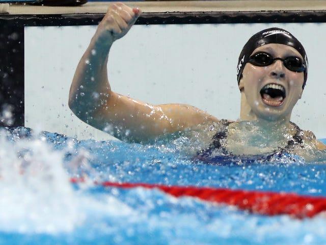 Wie wir ist Katie Ledecky von ihrem ersten Gold in Rio <i>and</i> ihrem neuen Weltrekord nicht überrascht