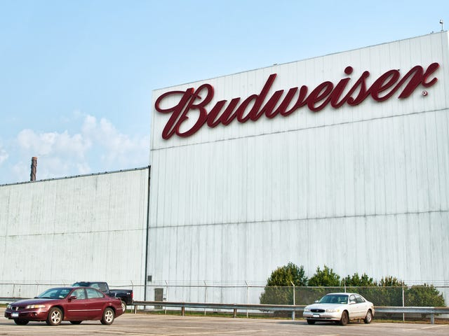 Never-ending Bud Light/Coors lawsuit now alleges beer-recipe theft