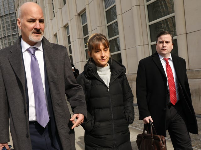 NXIVM Leader Keith Raniere Pleads Not Guilty to Child Porn Charges, Allison Mack in Plea Negotiations