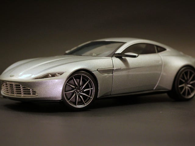 Hot Wheels Elite Aston Martin DB10 in 1:18 scale