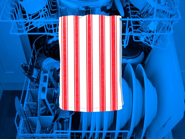 Gantung Towel Dish Di dalam Mesin Pencuci Tangan untuk Menunjukkan Hidangan yang Bersih