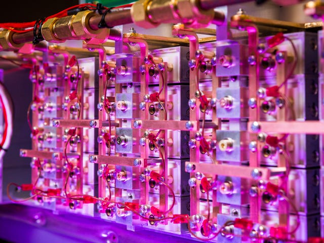 This Is the World's Highest Peak-Power Laser Diode Array