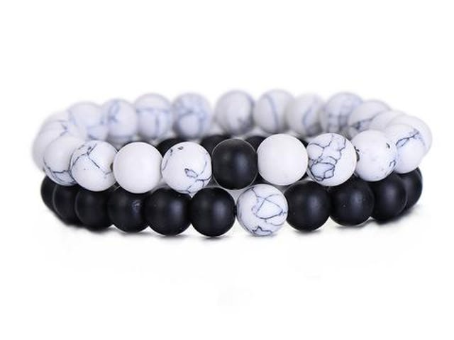2Pcs/Set Couples Distance Bracelet Classic Natural Stone White and Black Yin Yang Beaded Bracelets f