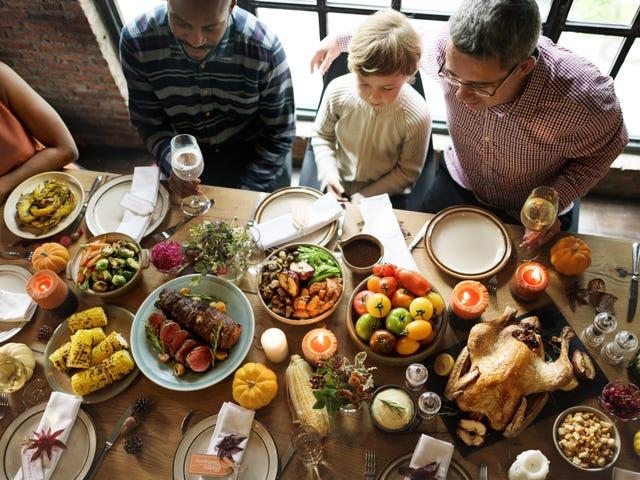 Αφήστε τα παιδιά σας να μην τρώνε τίποτα, εκτός από τα ρολά της ημέρας των ευχαριστιών