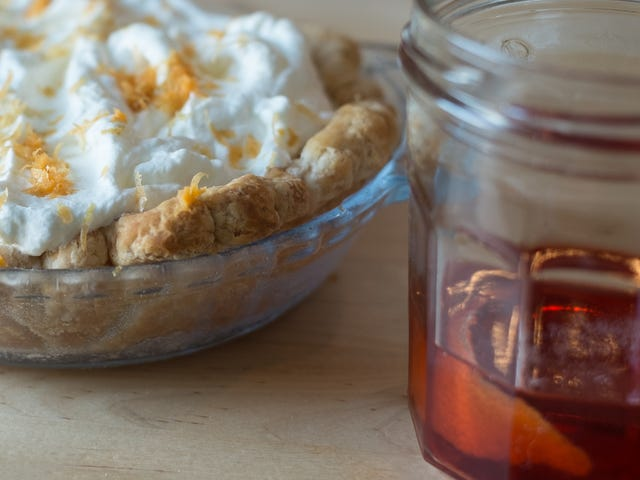How to Turn a Cocktail Into a Pie