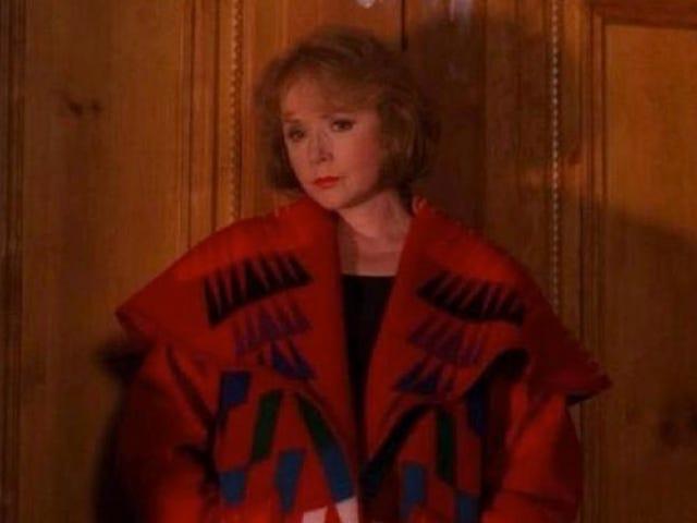 Piper Laurie dice que no tiene &quot;ninguna idea&quot; de por qué no fue incluida en el renacimiento de <i>Twin Peaks</i>