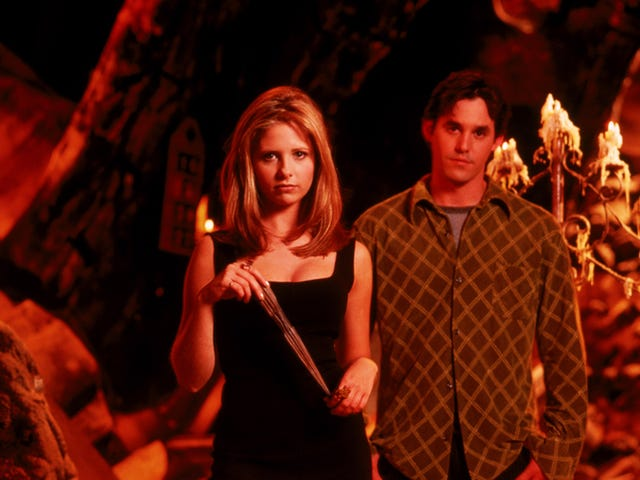 10 Vital Storytelling Lessons I Learned from Buffy the Vampire Slayer