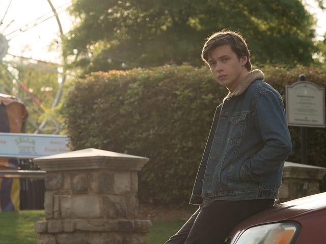 Disney + 'ın TV dizisi Love, Simon onun yerine Hulu'ya gidiyor