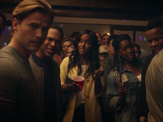 Oglądaj: Netflix Trolle Caucasians z nowym zwiastunem dla Dear White People