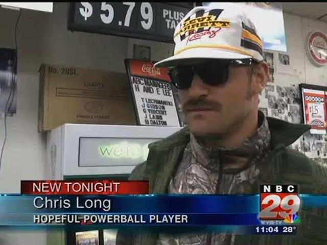 Jugador de la NFL y aspirante a la lotería muy emocionados de aparecer en las noticias locales