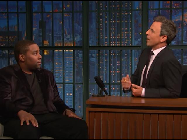 Kenan Thompson nói Kanye West Held Saturday Night Live 'con tin' trong cuộc tán tỉnh của ông Trump
